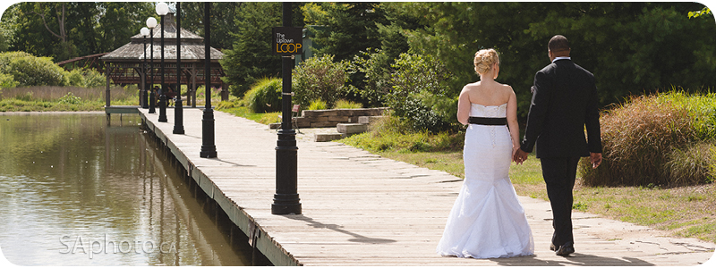 38-silver-lake-board-walk-wedding-couple