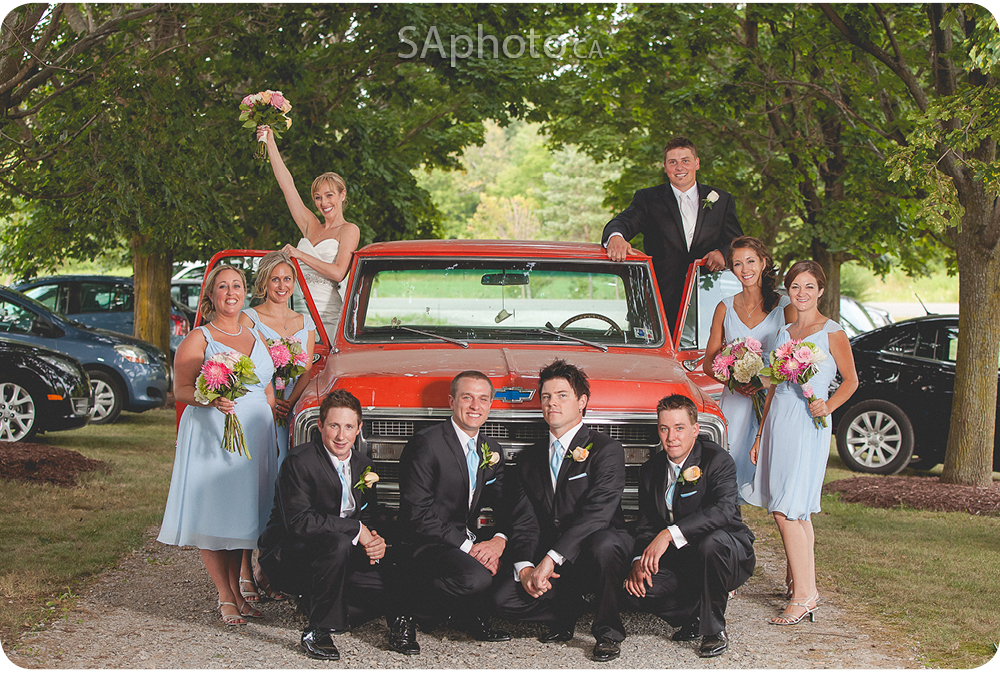 60-wedding-party-on-red-truck