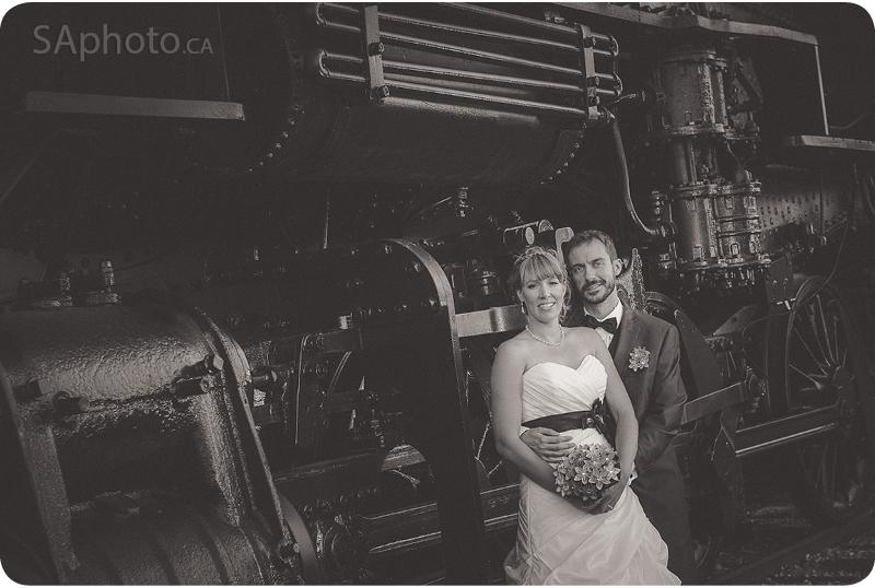 077-Waterloo-Region-Museum-Wedding-trai n-shot