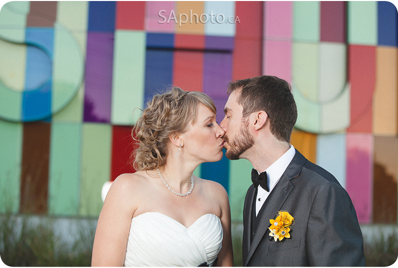 106-Waterloo-Region-Museum-Wedding-couple-outside