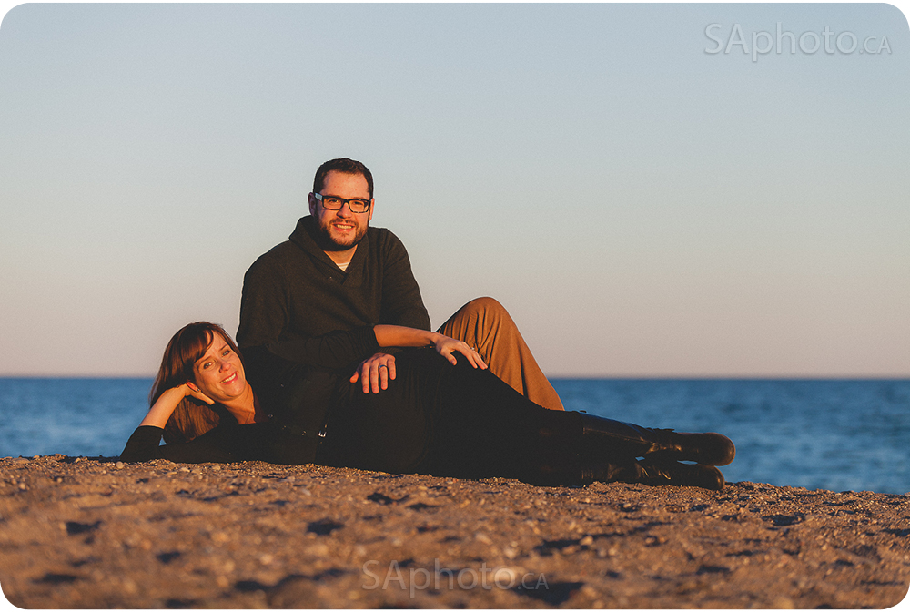 14-beach-maternity-couple-session