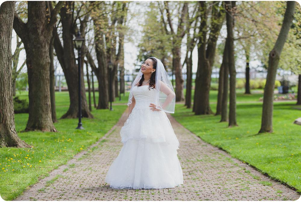 037-rosetta-mclean-gardens-wedding
