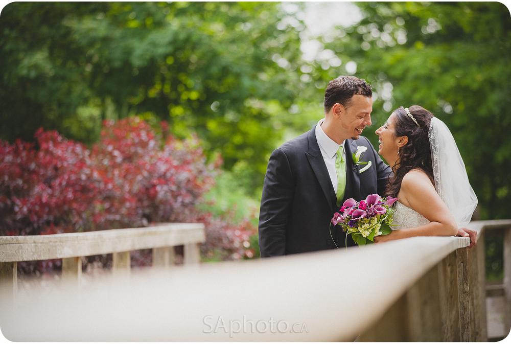 067-rose_garden_london_ontario-wedding