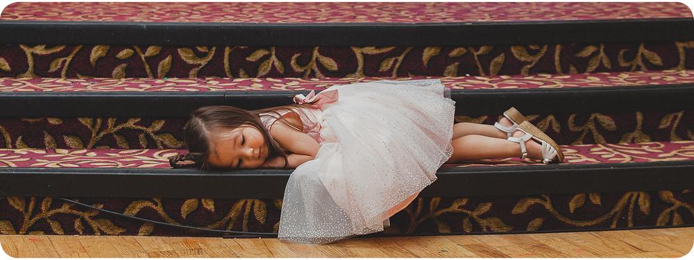133-wedding-little-girl-sleeping